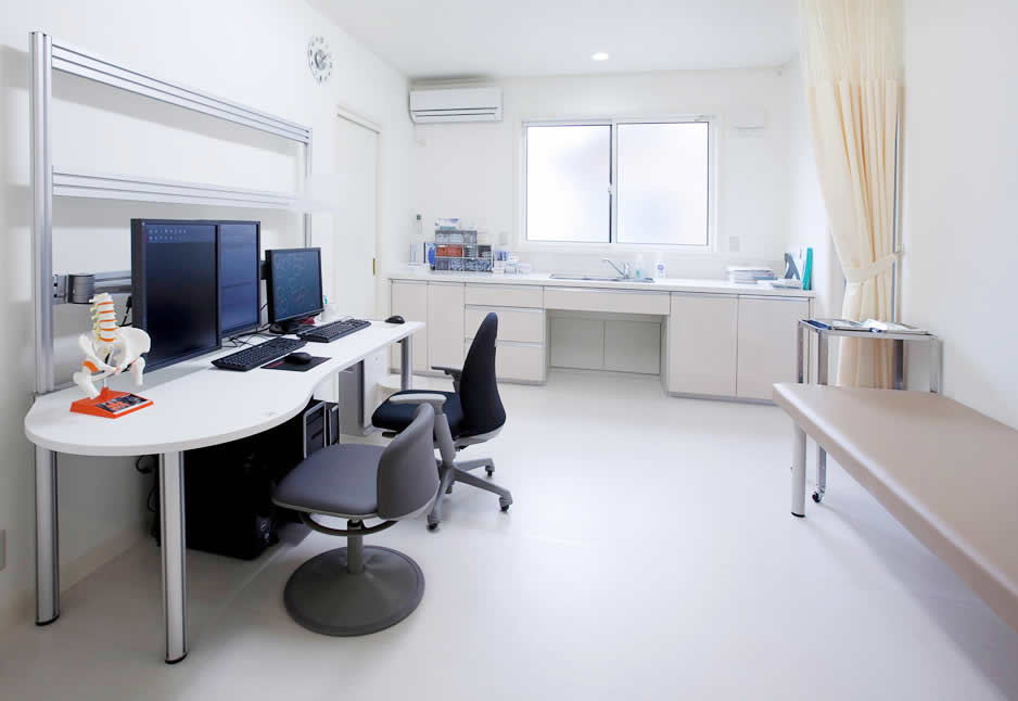 診察室_02